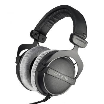 Beyerdynamic DT 770 Pro Monitoring  Headphones 250 ohm with cable