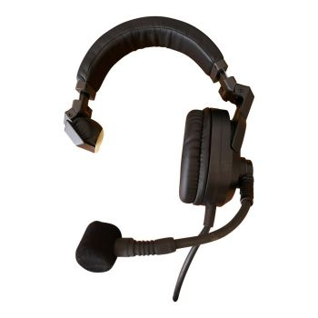 HMD685A Broadcast Headset with XLR4F connector